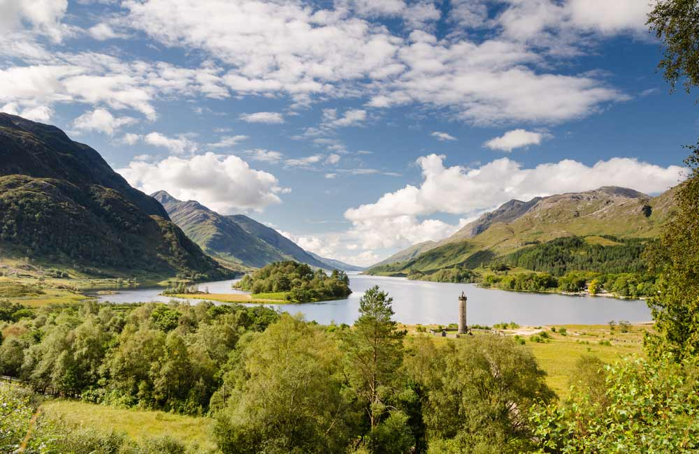 Last-minute Group Accommodation Cottages in The  Scottish Highlands  - Save up to 60%